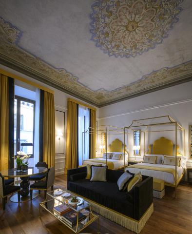 IL Tornabuoni Hotel guestroom. (Photo: Business Wire)