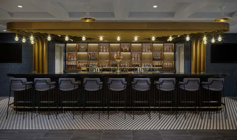 Bar area to enjoy a wide variety of beverage selections (Photo: Business Wire)